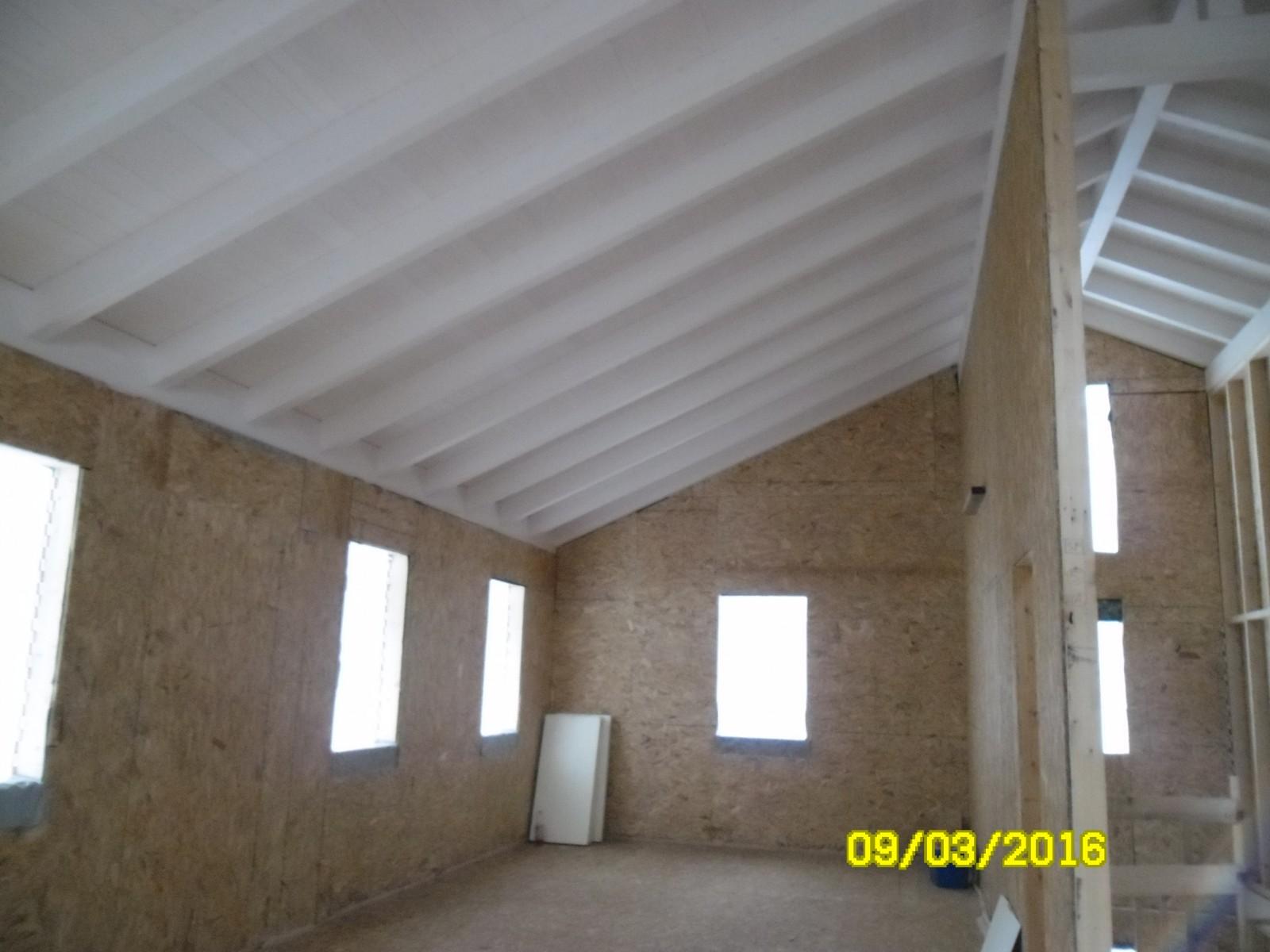 Casa bifamiliare prefabbricata in legno a novi di modena tecnocomfort case - Legno sbiancato tetto ...